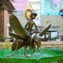 19-02Contemplative Peter Pan Bodhisattva Rides on Hornet-2