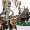 19-02Contemplative Peter Pan Bodhisattva Rides on Hornet-3